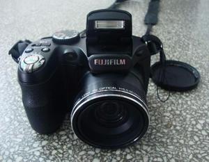Câmera digital semi profissional + acessórios