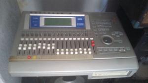 Mesa digital korg d1600 profissional ou troco