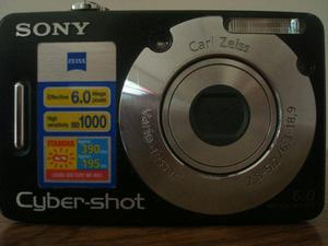 Máquina fotográfica da sony – cyber shot, usada