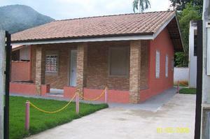 Tima casa em ubatuba sp, 600 metros da praia