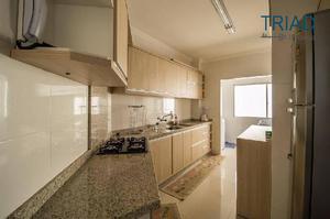 Apartamento mobiliado quadra mar com 03 dormitórios sendo