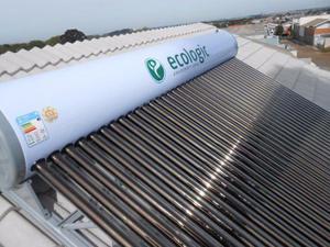 Aquecedor solar de água de tubos à vácuo, 300 litros/30