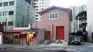 Casa comercial em ótima localização