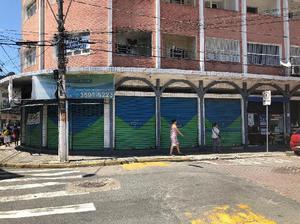 Loja comercial de esquina em ótima localização no