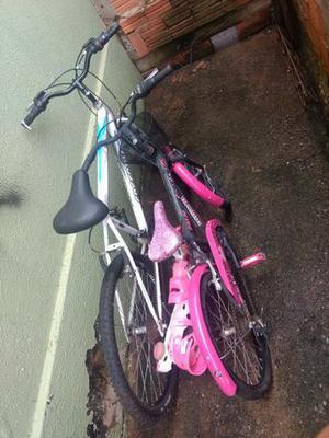 2 bicicletas em ótimo estado