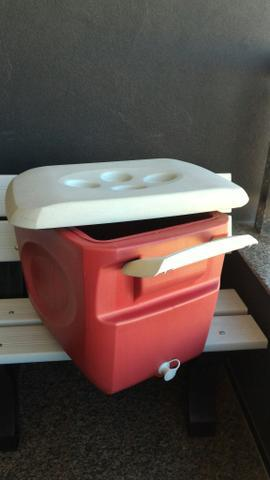 Caixa térmica gelo 45,0l invicta grátis balde de gelo
