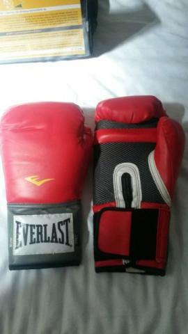 Kit luva de boxe + bandagem everlast