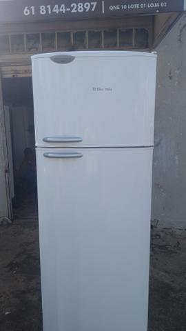 Compramos geladeiras e freezer com defeito