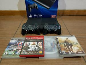 Ps3 super slim 250gb impecável + 2 controles originais + 4
