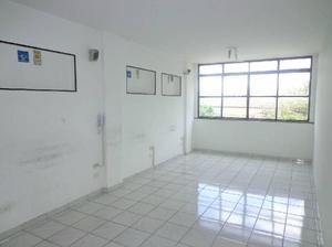 Rua tagipuru, sala comercial 50 m2, próxima a metro barra