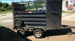 Alugo reboque para transporte de cavalo