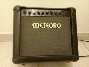 Cubo meteoro amplificador guitarra