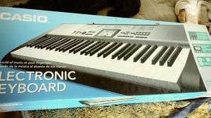 Vende se teclado cassio