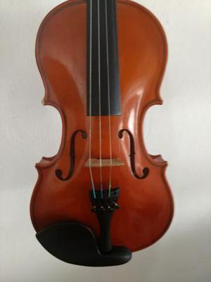 Vendo somente violino,sem case e arco