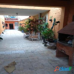Sobrado 3 Dormitórios Jardim Ubirajara (Aceita Financiamento)
