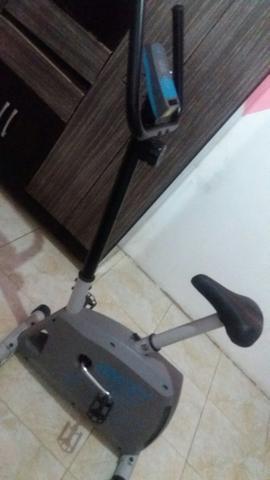Bicicleta ergométrica 450,00