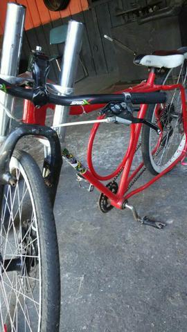 Bicicleta rebaixada barra corcular.