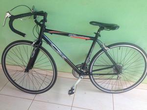 Bike de corrida profissional usada so uma vez