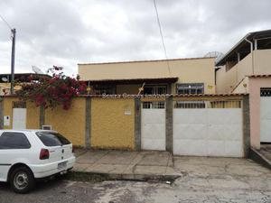 Casa Santa Terezinha - Aluguel