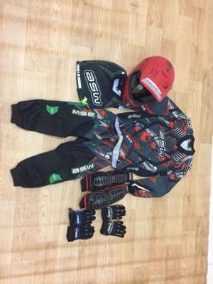 Conjunto roupa e capacete infantil para bmx bicicross
