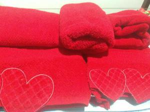 Jogo de banho coração vermelho casa& conforto