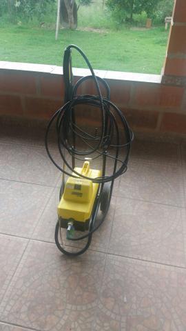Lavadora de alta pressão karcher hd 585 profissional