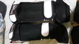 Luva e caneiras de muay thai ou box