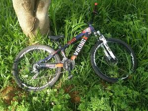 Vendo bike viking pra downhill