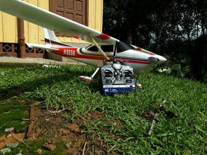Aeromodelo cessna 182 pronto pra voar