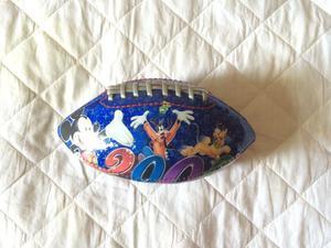 Bola miniatura futebol americano rugby disney