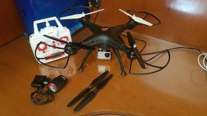 Drone semi novo syma x8 com câmera full hd