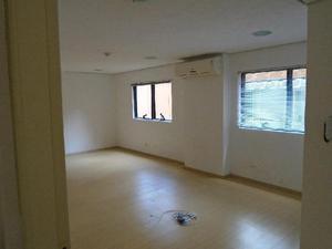 Excelente sala comercial de 64 m² para locação no