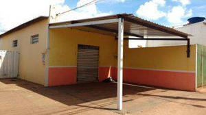 SALÃO COMERCIAL COM 110 M2