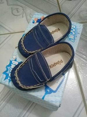Calçados de bebê n°19 novos