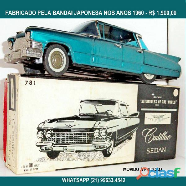 Cadillac sedan.bandai.na caixa original.