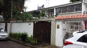 Casa em condomínio fechado - poço da panela