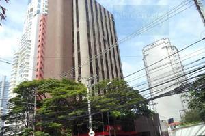 Sala comercial em edifício para venda e aluguel em cidade