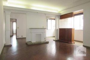 Apartamento, funcionários, 4 quartos, 2 vagas, 2 suítes