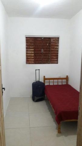 Aluga-se no centro quarto individual em casa mobiliada com