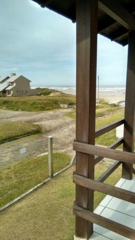 Casa na beira da praia de albatroz casa perto do m