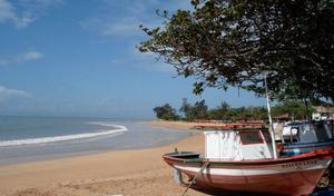 Triplex em manguinhos 100 metros da praia