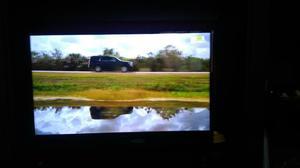 Tv led 32 philco em perfeito estado.