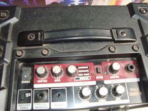 Amplificador roland 15xl para guitarra na musical brother
