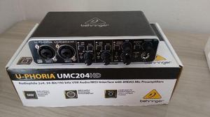 Interface de áudio u-phoria umc204hd - behringer 2 in x 4