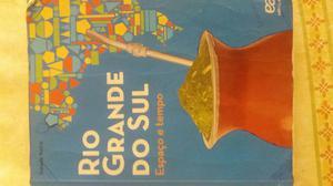 Livros português e geografia 4° ano 60,00