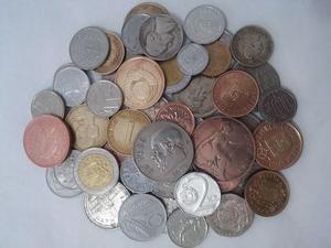 Lote 50 moedas estrangeiras