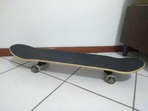 Skate trópico novo usado uma vez com capa