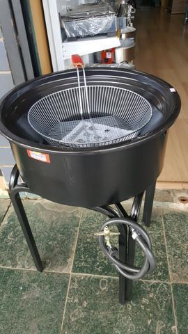Fritadeira elétrica ou a gás na base de 14 litros *nova*