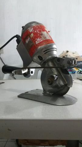 Máquina de corte semi industrial