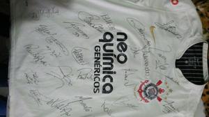 Camisa oficial toda autografada pelo elenco com autógrafos em São ... 8c5630d1ea0c0